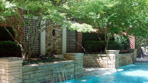 Shotcrete Pools Offer All the Extras
