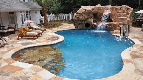 Green Pool Technology